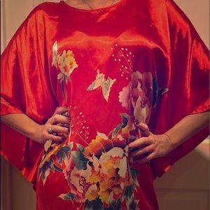 Japanese Inspired Loose Red Wing Shape Silk Caftan
